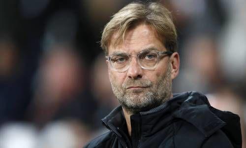 «Севилья» ушла отпоражения вматче с«Ливерпулем», проигрывая 0:3