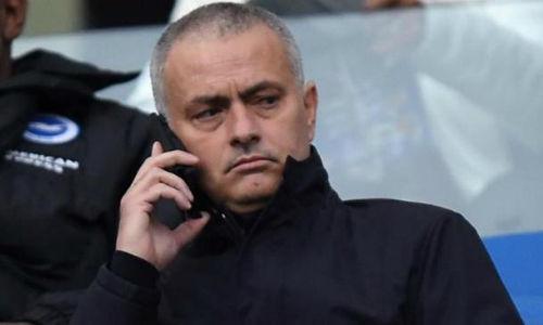 Моуринью уговаривает Неймара напереход в«Манчестер Юнайтед», регулярно звоня ему