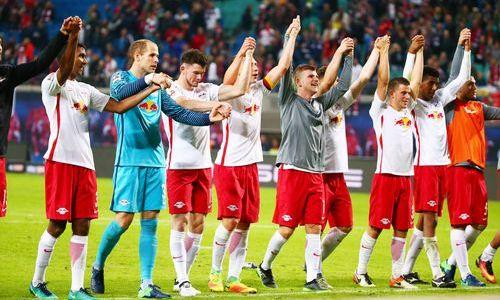 «РБЛейпциг» переиграл «Аугсбург» иподнялся на 3-ю строчку
